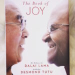 LifeOhm Reads – The Book of Joy